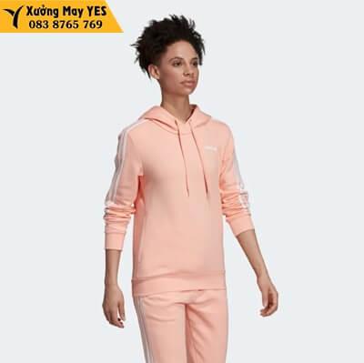 Bộ quần áo thể thao hồng