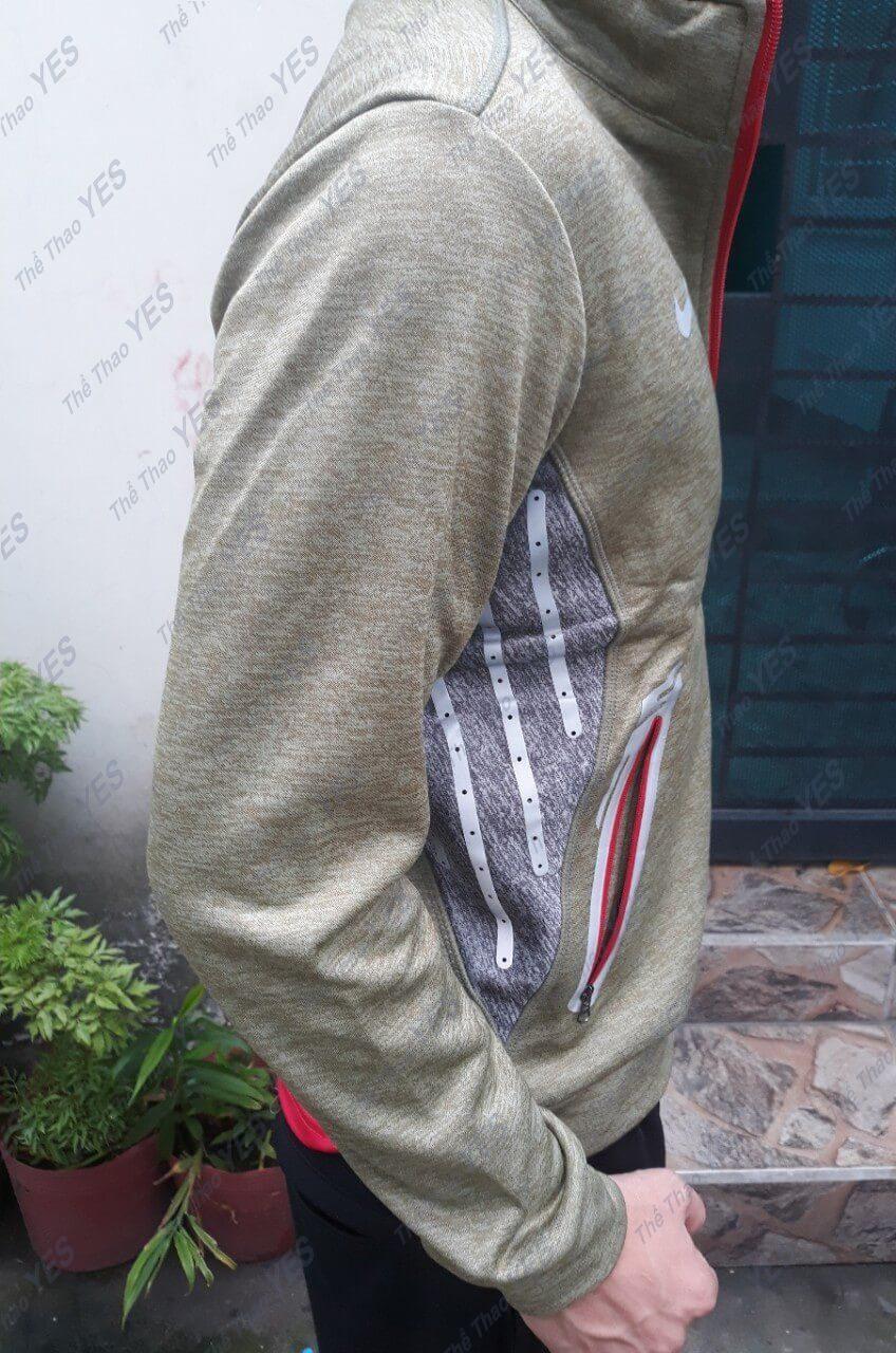 may mặc áo khoác