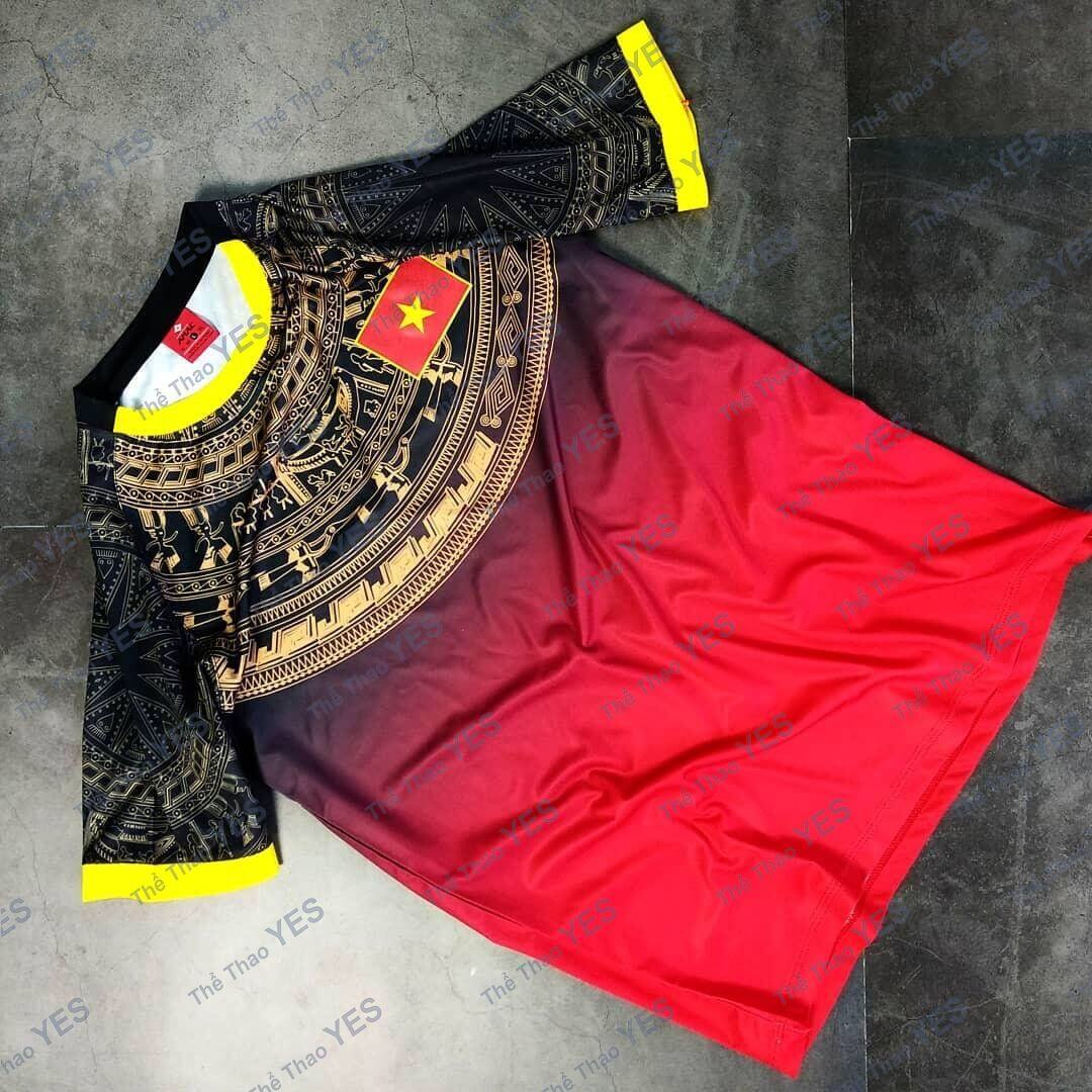 áo thun đá banh