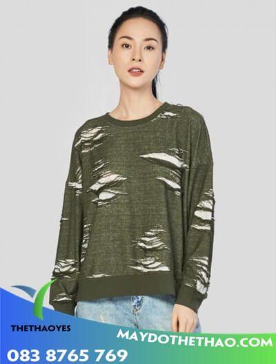 áo thun nữ form rộng tay dài cho mùa noel