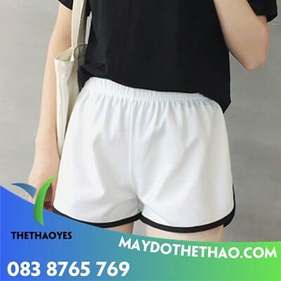 may quần thể thao nữ ngắn