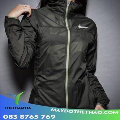 áo khoác nữ kiểu thể thao