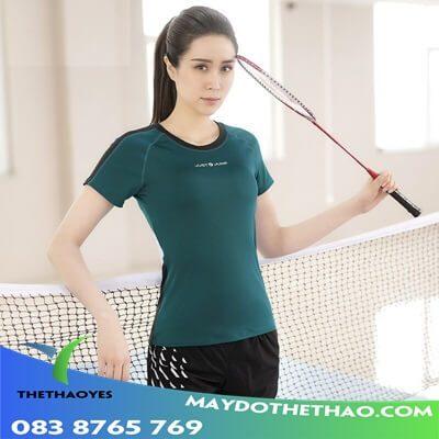 bộ đồ tập thể thao cho nữ