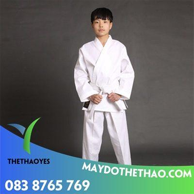 đồng phục karate