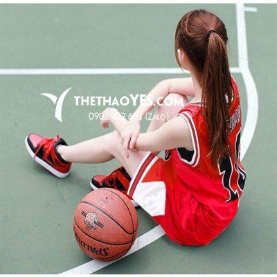xu hướng áo phông bóng rổ vnxk